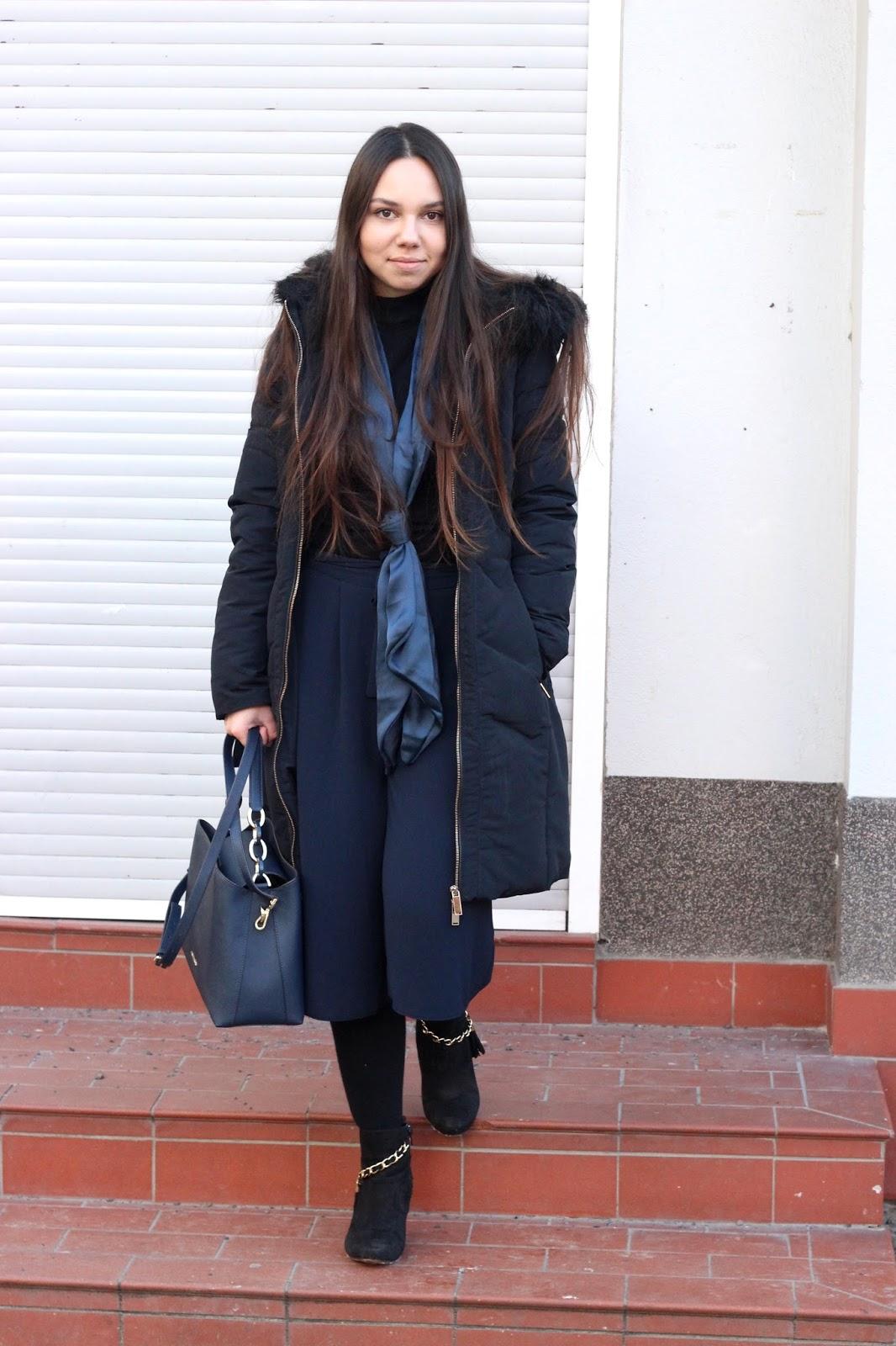 outfit dunkelblau und schwarz wintertauglich
