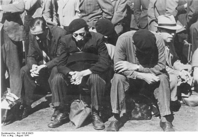 Jews of Paris awaiting their fate after being arrested, 21 August 1941 worldwartwo.filminspector.com