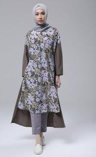 Model baju muslim tunik motif bunga trendy