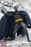 MAFEX Batman (Batman: Hush) 27