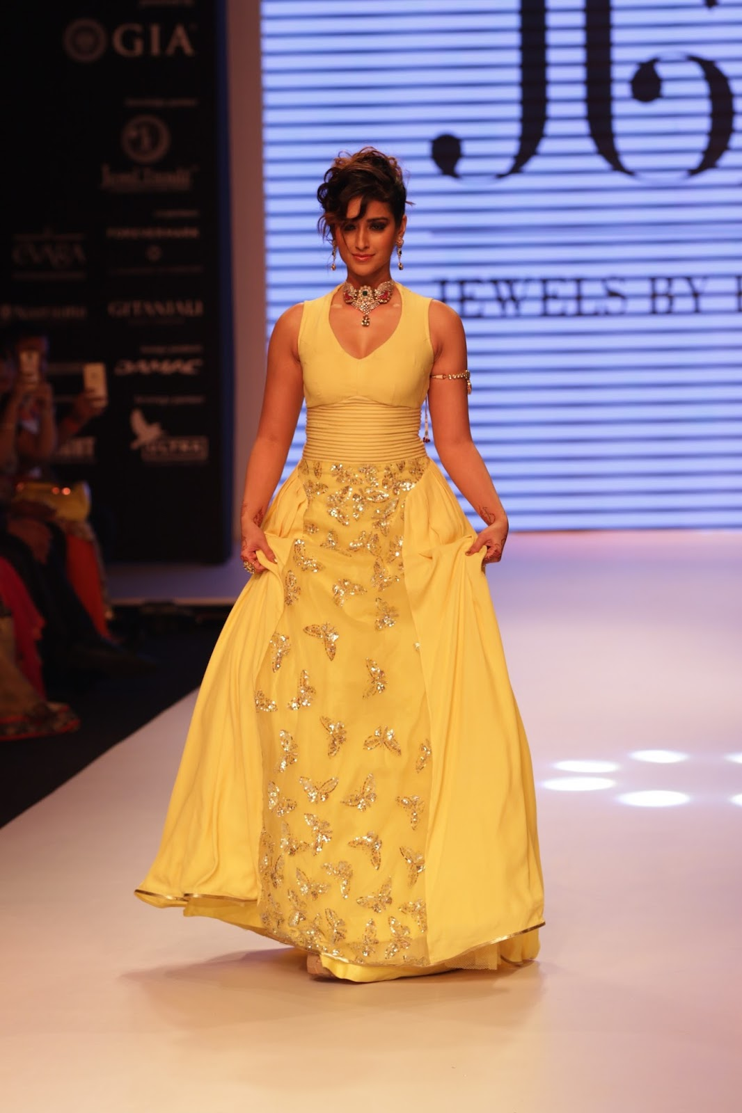 Ileana Ramp Walk Stills at IIJW 2015-HQ-Photo-32