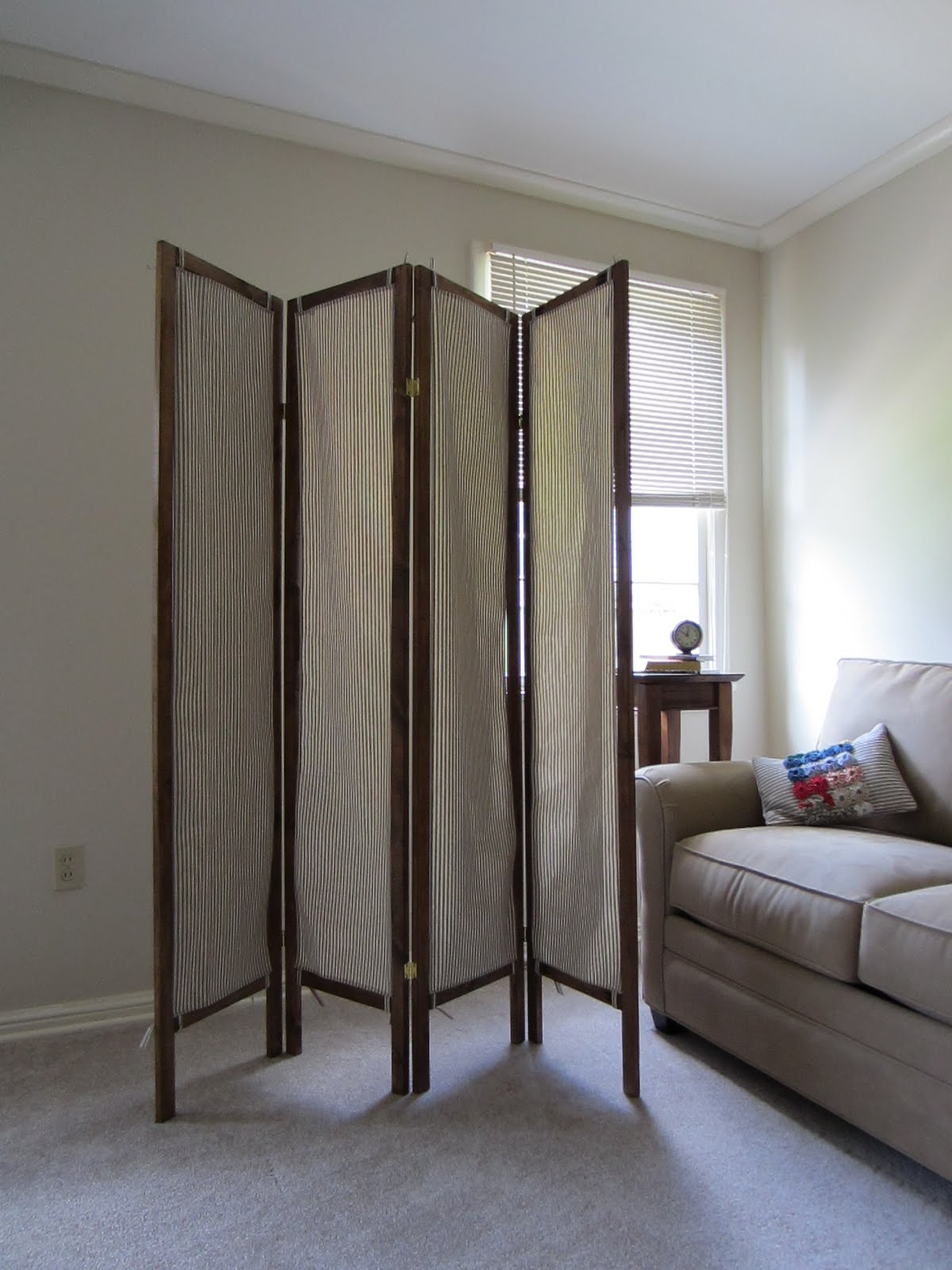Staying Steyn: DIY A Folding Screen