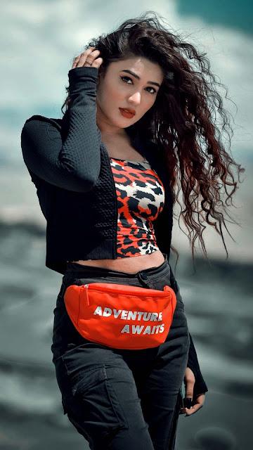25 Beautiful Girl Aesthetic Images Wallpaper HD 4K for iPhone and Android | Foto Gambar Cewek Cantik HD