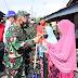 Pangdam I/BB Bersama Forkopimda  Riau  bagikan Masker dan Beras