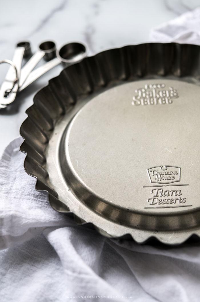 Duncan Hines Tiara Tart Pan