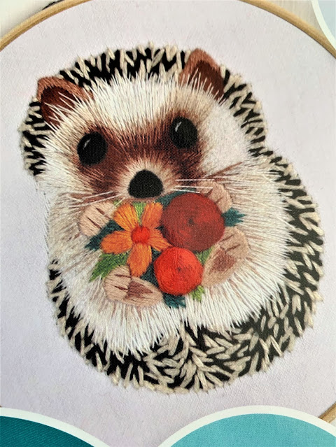 little hedgehog embroidery advanced project