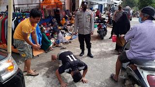Kapolsek Anggeraja Polres Enrekang  Pimpin Operasi Yustisi Di Pasar Cakke