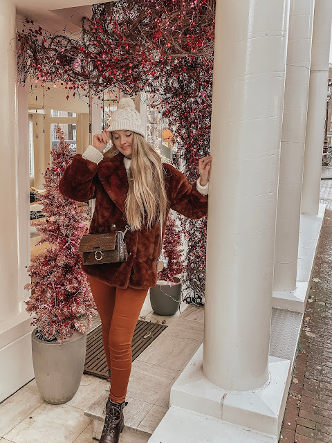 Amsterdam Free People Christmas decorations