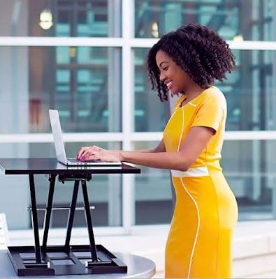10 نصائح مفيدة لجعل الوقوف في العمل أسهل