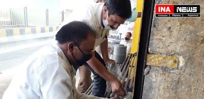 देवबंद।भुमाफिया और गेंगस्टर में निरूद्ध विनोद शर्मा की देवबंद में भी सम्पत्ति प्रशासन को सील कर लिया किया कब्जे में