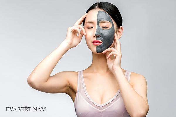 Mặt nạ than hoạt tính trị mụn