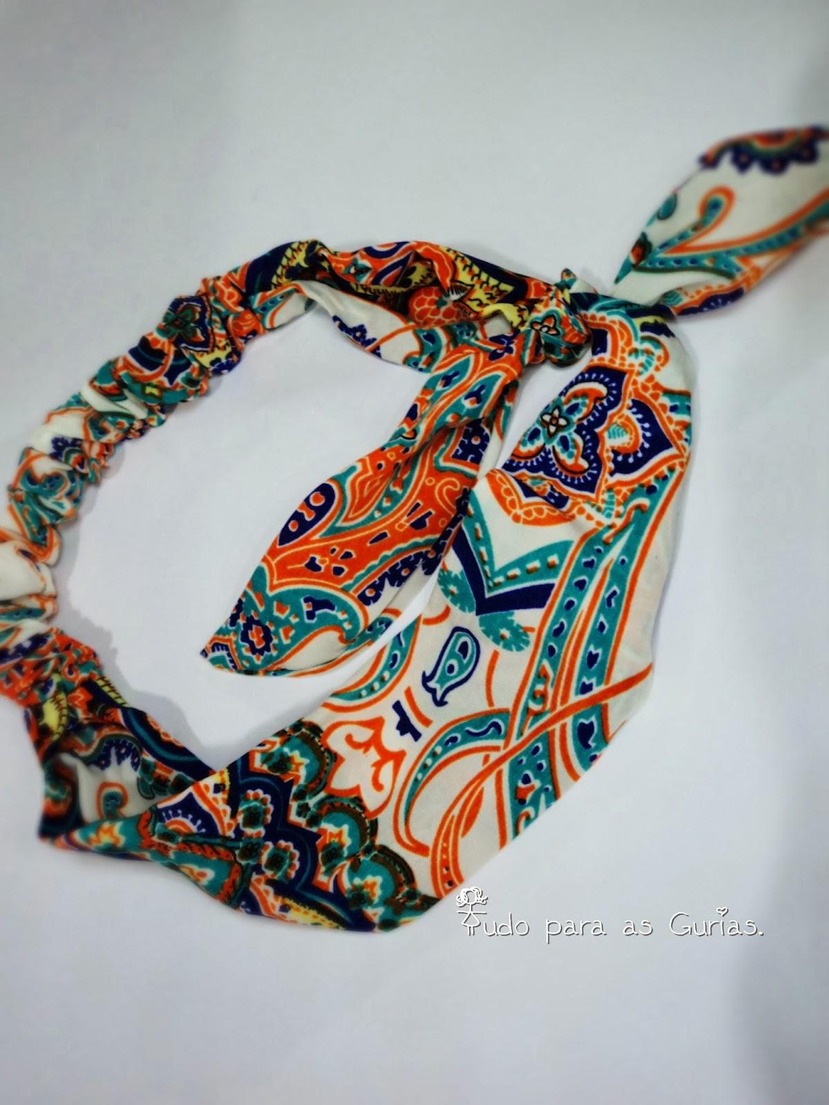 tiara; bandana