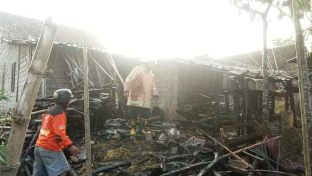 Gara Gara Api Sisa Tungku Memasak, Picu Kebakakaran hebat Di Masaran