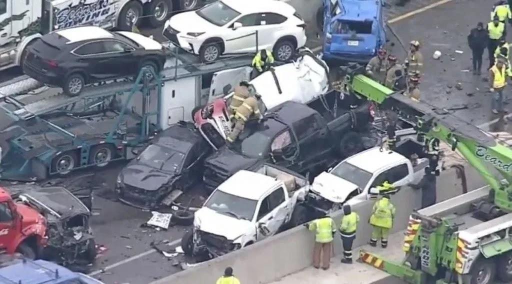 Τέξας: Aπίστευτη καραμπόλα με τουλάχιστον 130 οχήματα και 6 νεκρούς! (video)