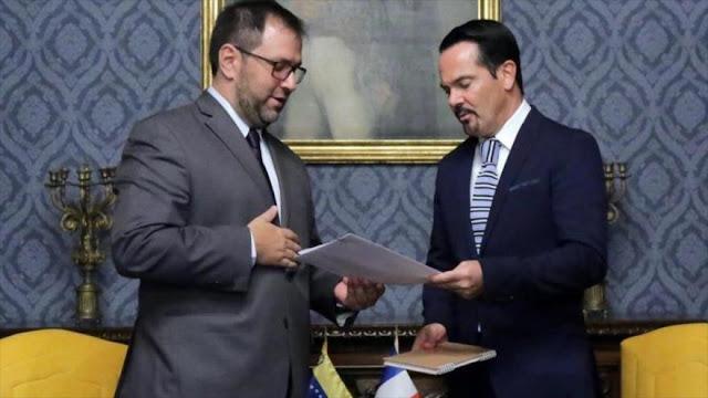 Venezuela condena la conducta 'provocativa' del embajador francés