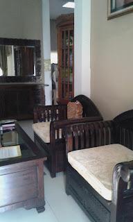 Penggunaan perabot Klasik dan minimalis