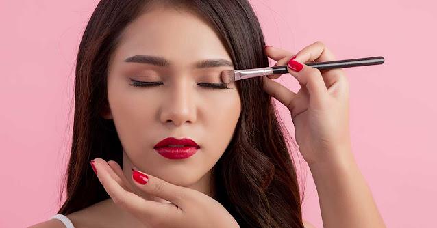 Careers in makeup industry