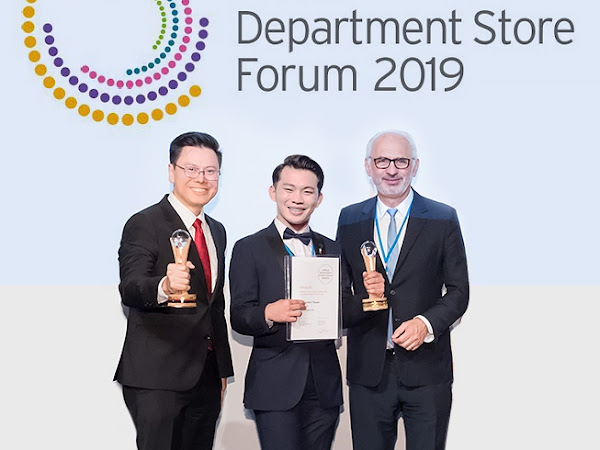 THE SM STORE LUGGAGE BOY BAGS WDSF AWARD