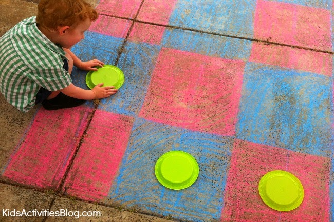 Checkers Chalk Game