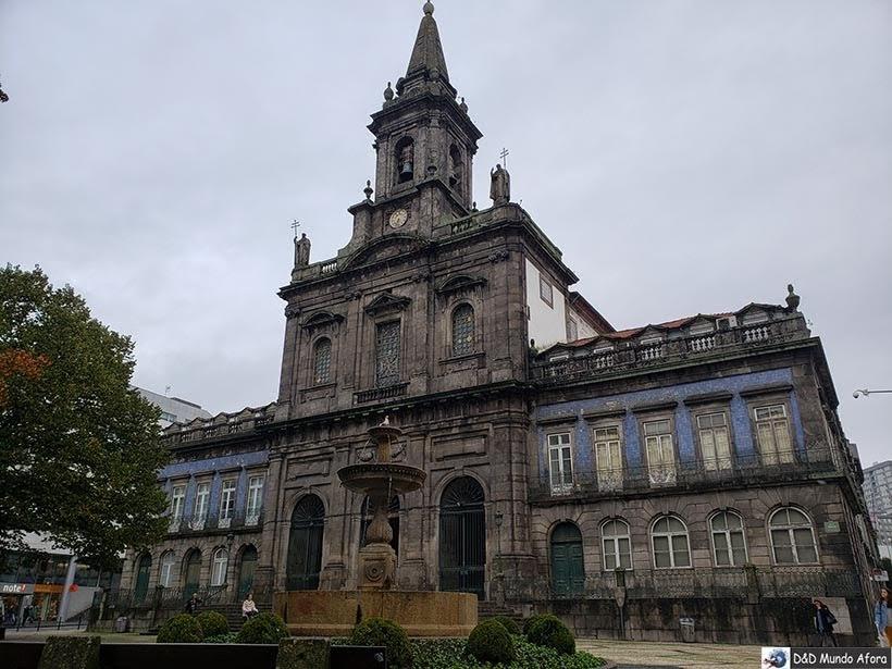 Igreja da Santíssima Trindade - O que fazer no Porto, Portugal