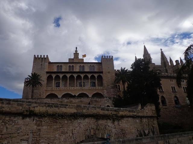 almudain-palacio
