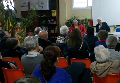 Conferencia sobre laicismo en la Asociación Vecinal Ventilla-Almenara