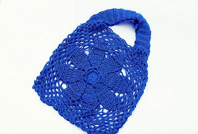 7-Imagen bolso de flor a crochet y ganchillo Majovel Crochet