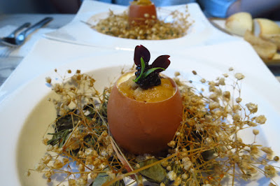Caffé B, farmer' egg with sea urchin