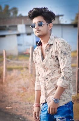 Stylish Photo Pose For Boys For Photoshoot