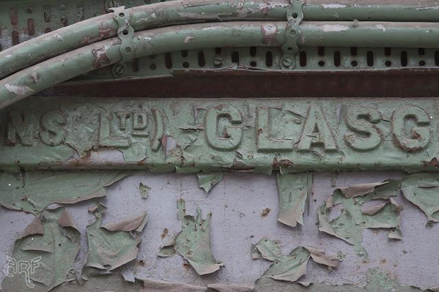 texture: peeling green paint