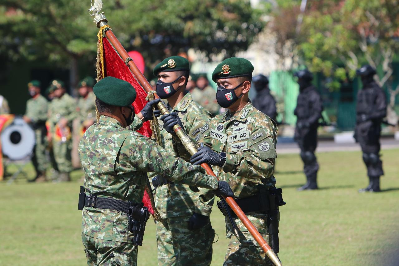 Jabatan Komandan Brigade Infanteri Raider 13 Kostrad Disertijab di Tasikmalaya