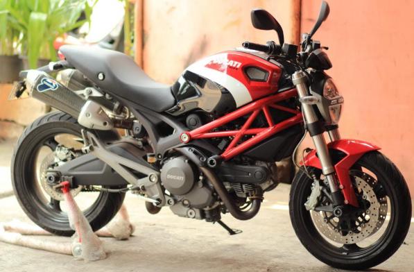 spesifikasi dan harga jual motor ducati 696, 795, 899, 1200 cc