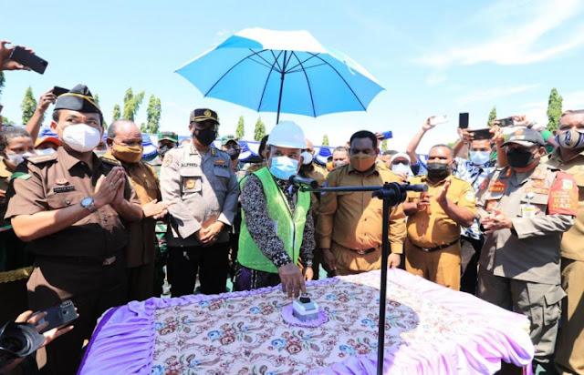 Lukas Enembe Sebut Pembangunan Gedung Perkantoran Jadi Simbol Kebangkitan Papua.lelemuku.com.jpg