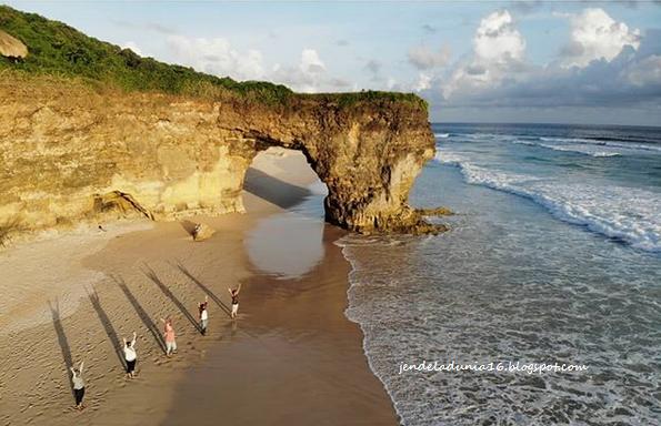 Mengeksplor Pesona Keindahan Alam Pantai Bwana Sumba Barat Daya Yang Luar Biasa