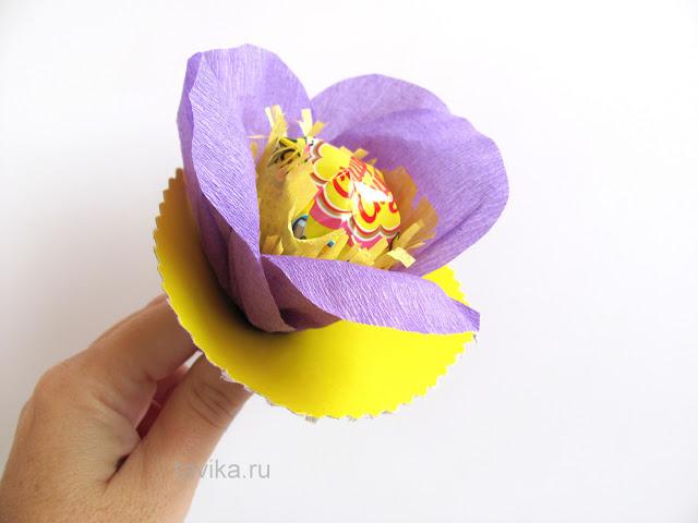 """Календарь ожидания дня рождения """"Цветок из чупа-чупсов"""""""