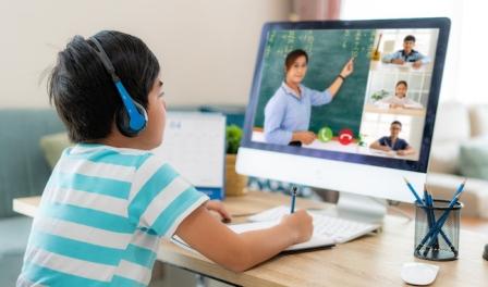 Blended Learning (Pengertian, Aspek, Jenis, dan Teknologi)