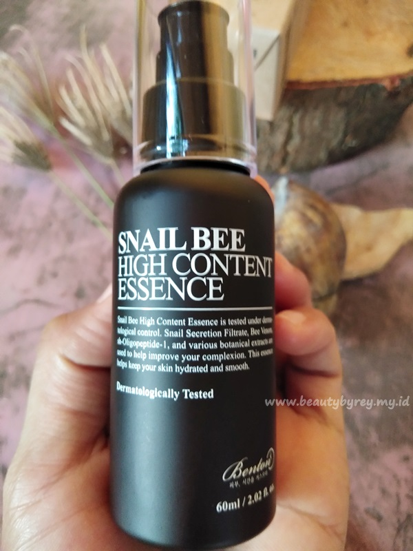 Benton Snail Bee high content essence mengandung bahan-bahan alami