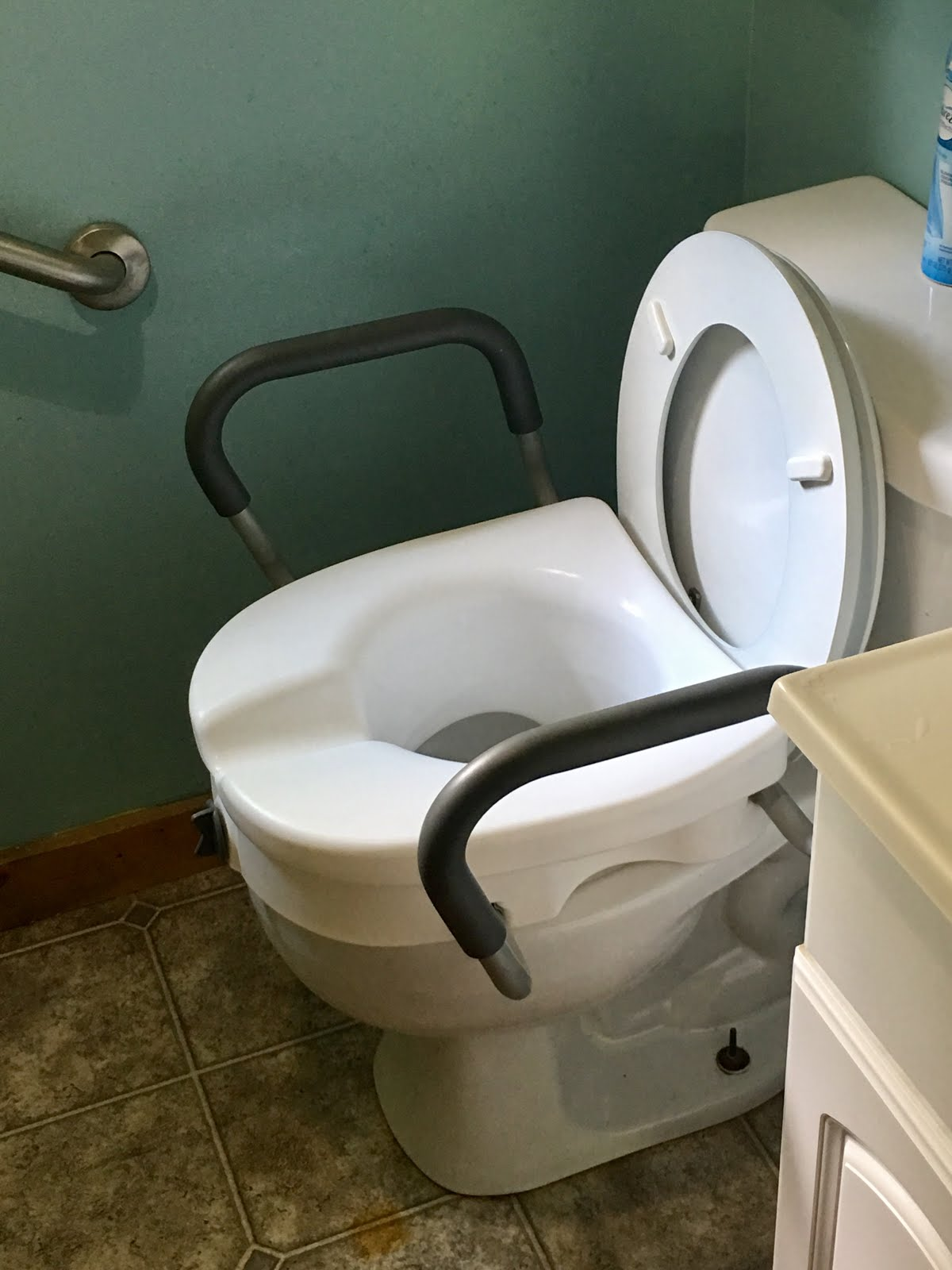 difference between shower chair and tub transfer bench wedding covers or not 5 tips for making a small home wheelchair accessible on