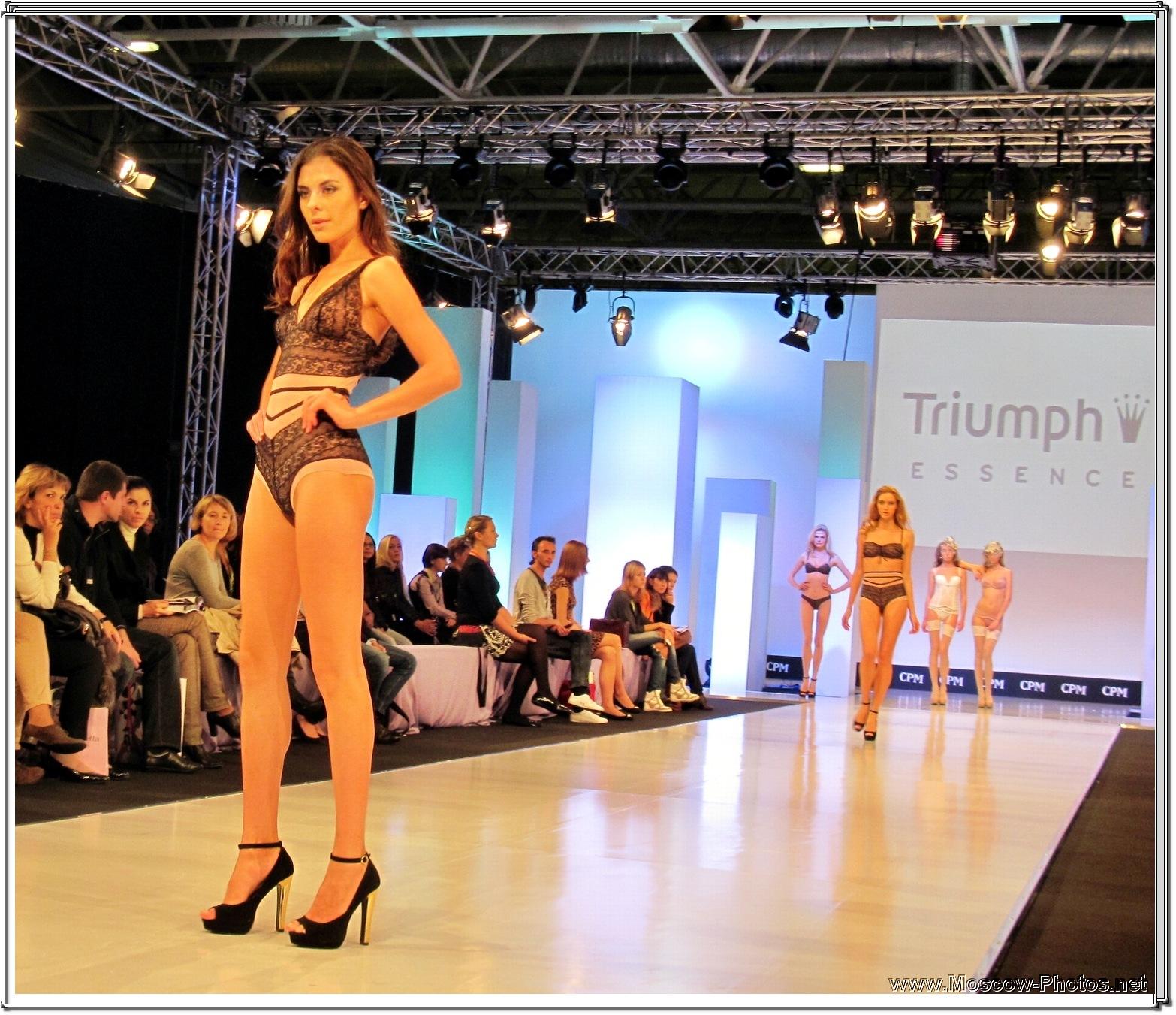 CPM Collection Premiere Moscow  - Triumph Essence Lingerie Fashion Show