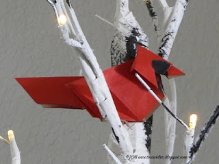 Cardinal designed by Roman Diaz, photo and origami ©2018 Tina M. Welter