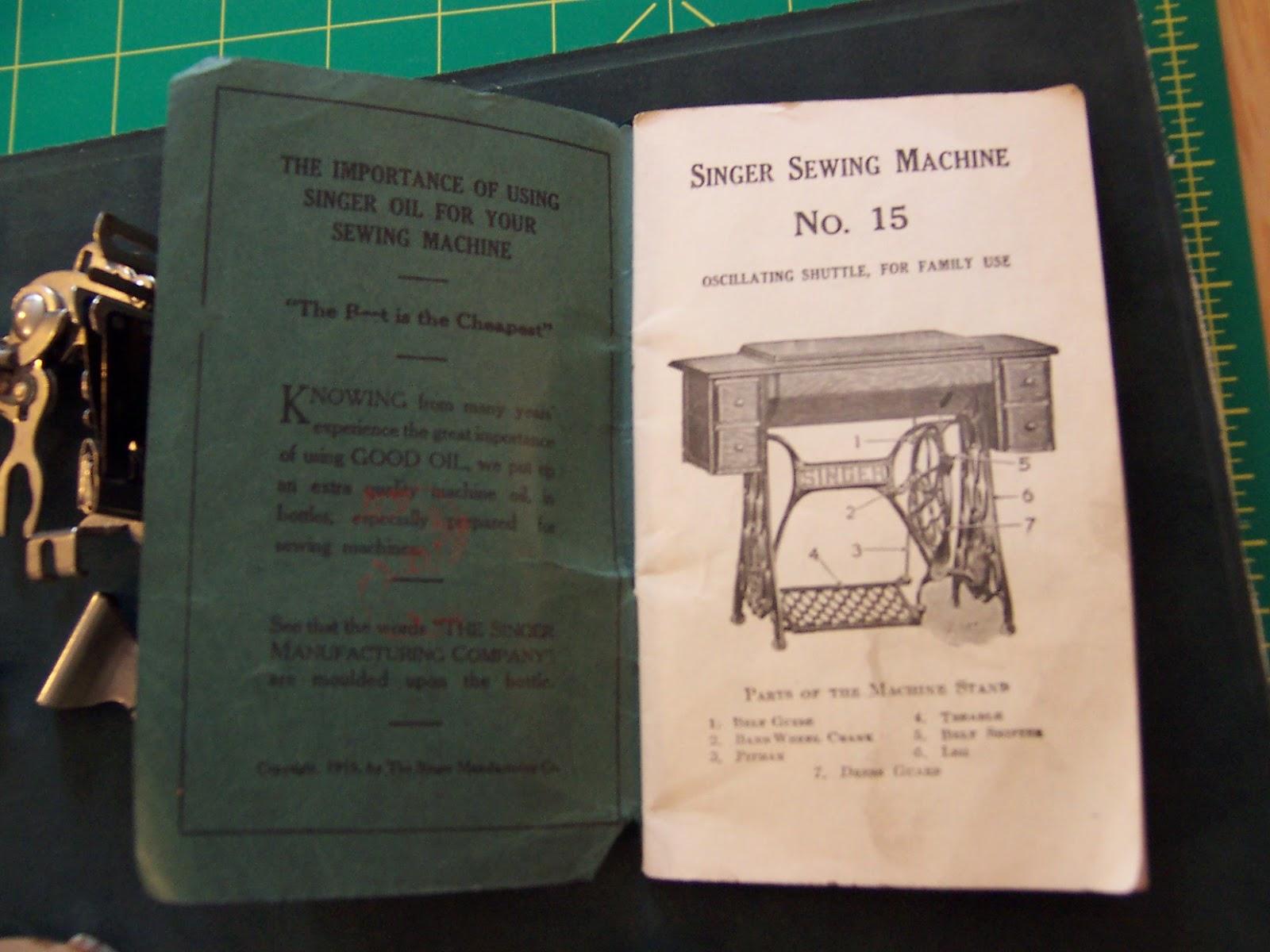 Antique Singer Sewing Machine - Model No  15