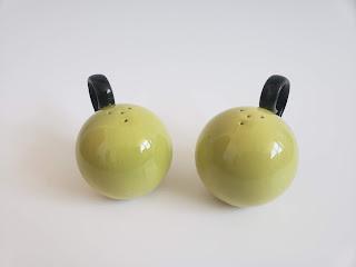 Apple Shape Salt and Pepper Shakers