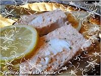 http://gourmandesansgluten.blogspot.fr/2014/01/terrine-de-saumon-la-langouste.html