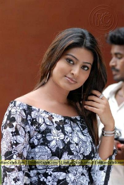 Indian Actress Tamil Actress Sneha Hot Showing Her -2397