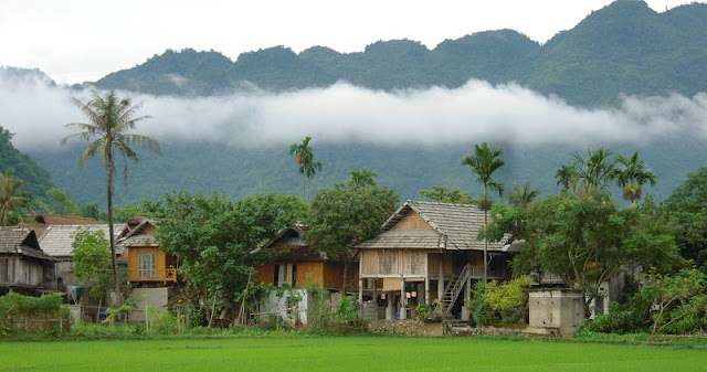 Mai Chau in Vietnam - Green valley of Thai people 4