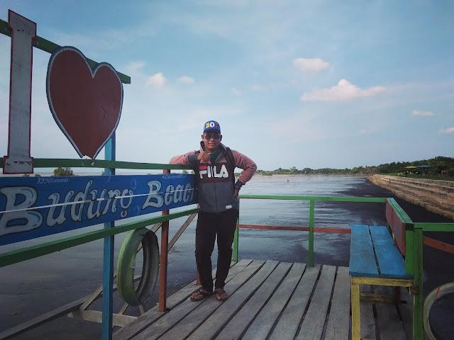 Pantai Budung Desa Bantan Air