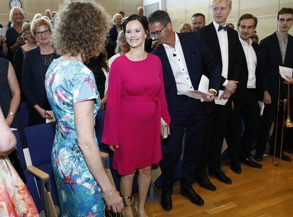 Princess Sofia wore Stinaa J nude leather pumps, and red dress for sophia sisters graduation ceremony at Sophiahemmet University College