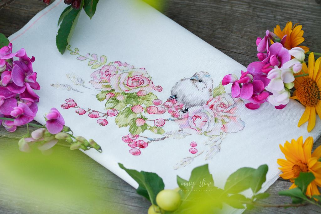 """Letni wianek """"róże i jagody"""" - Anna Smit (@anna_smitt_stitch) #2"""