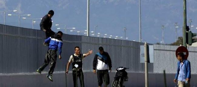 Παράνομοι μετανάστες επιτέθηκαν και τραυμάτισαν λιμενικό στο λιμάνι της Πάτρας: Εκτός ελέγχου η κατάσταση