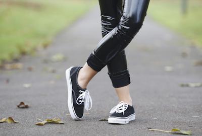 Tak Hanya Stylish, Ini Tips Mencari Sepatu Casual Wanita Terbaik